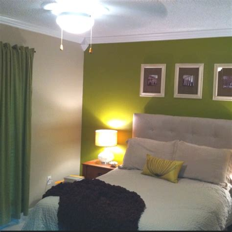 green accent wall 1000 ideas about green accent walls on pinterest
