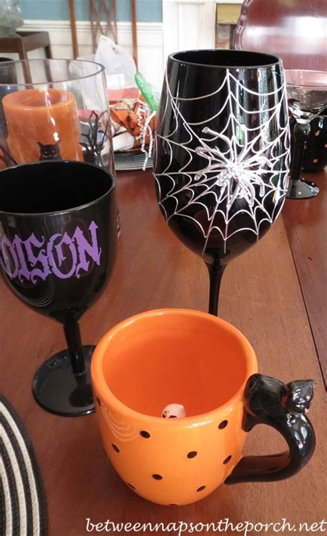 halloween barware halloween table setting ideas