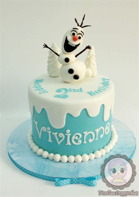Handcrafted Cakes - handmade olaf on a simple cake cake by yumzee cuppycakes