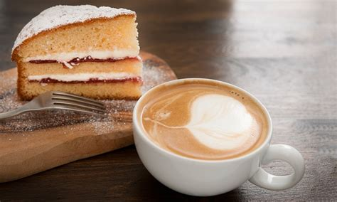 Coffee Cake Two Ways Beginner And Expert by Cake And Coffee For One In The Wall Caf 233 Groupon