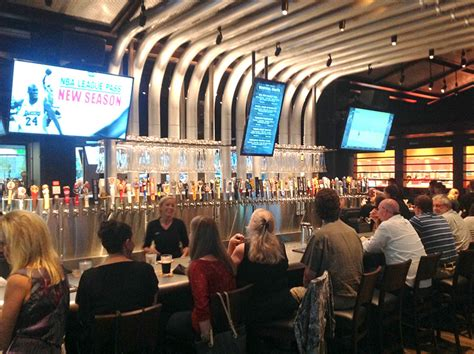 yard house kc yard house in kansas city opens with community loudspeaker system