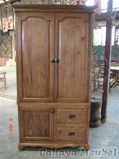 Lemari Kayu Jati Tua lemari pakaian antik kayu jati model minimalis lemari