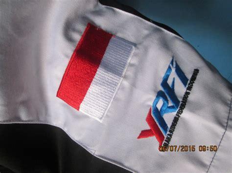Bordir Bendera pembuatan baju kemeja komunitas byonic gading kaos klaten