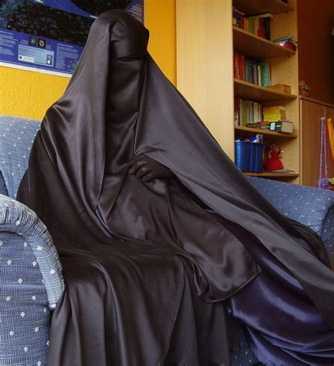 Jilbab Silk Satin Biru Dongker 370 best images about things to wear on allah muslim and dressing