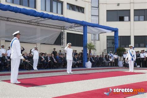 capitaneria porto reggio calabria la cerimonia di avvicendamento al comando della direzione