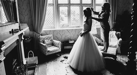 Wedding Photojournalism Style by Styles To Consider When Choosing Your Wedding Photographer