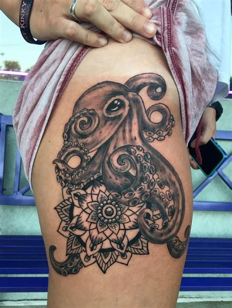 henna tattoo wie lange 17 best images about moonlight tattoos on wolf