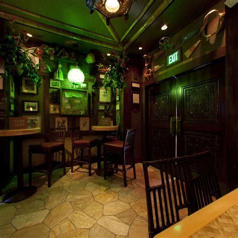 Hotel Tiki Bar Pin By On Tiki Hut