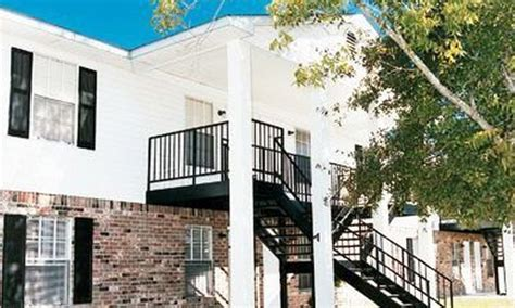 oak park 3 bedroom apartments oak park gulf grove apartments rentals waveland ms