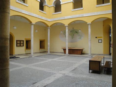 casa estudiante valladolid en este patio sito en el interior de la actual casa