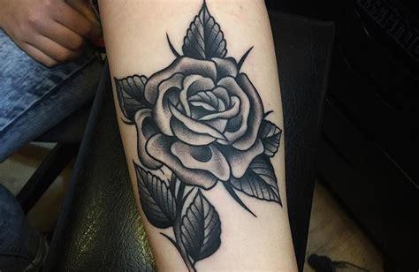 imagenes de rosas tatuajes tatuajes de rosas negras significado y recopilaci 243 n de