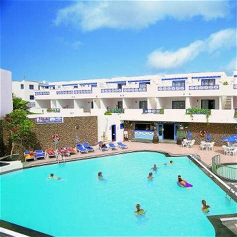 lanzarote appartments lanzarote apartments holiday reviews puerto del carmen lanzarote canary islands