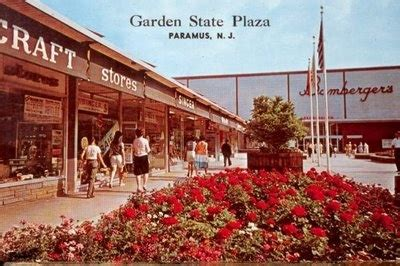 Garden State Plaza Vape Store 69 Best Images About Vintage Malls Stores Bergen