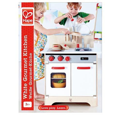 Hape Kitchen White by Hape Gourmet Kitchen White E3152