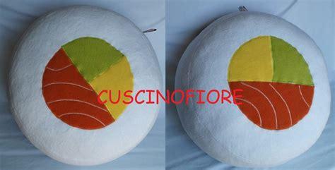 cuscino sushi cuscino sushi maki bianco per la casa e per te