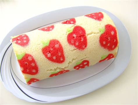 how to make a decorated swiss roll cake cakecentral com
