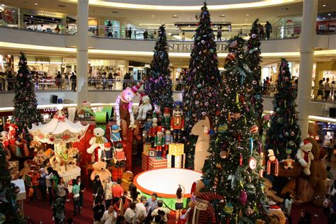 christmas shopping 13 hd wallpaper hivewallpaper com