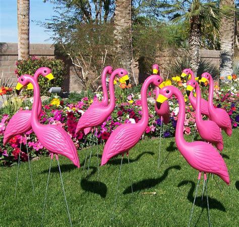 pink flamingo lawn ornaments yard flamingo pink lawn flamingos plastic flamingos