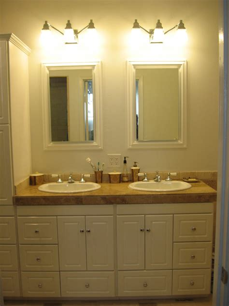 Bathroom Vanities For Small Bathrooms Bathroom