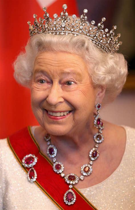 queen elizabeth the second queen elizabeth ii the longest reigning british monarch