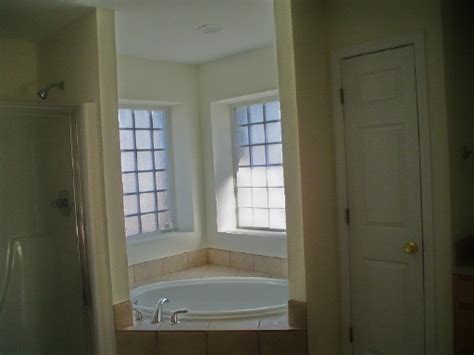 what color should i paint my bathroom what color should i paint my bathroom walls