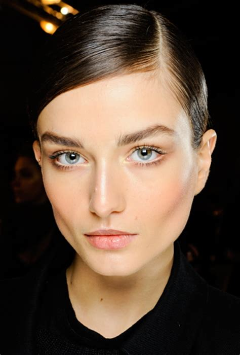 12 Top Makeup Tips For Work by Work Makeup Tips For Professional Appearance Workchic