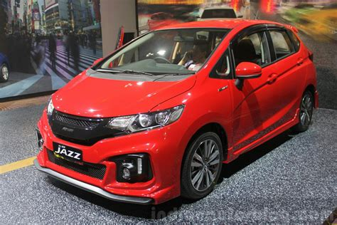 Honda Jazz At 2014 Rs 2014 honda jazz jazz rs launched in indonesia