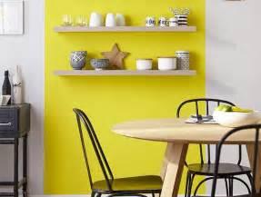 peinture cuisine jaune davaus decoration cuisine jaune orange avec des