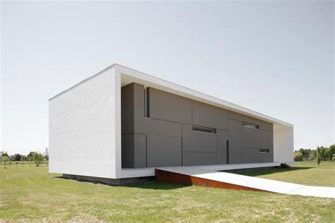 Modern House Design Plans by Casa Minimalista Por Andrea Oliva Casa Minimalista