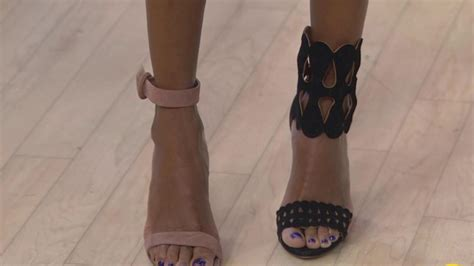 dylan dreyer shoe pics see the shoe that makes your leg look 5 inches longer