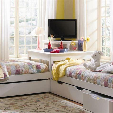bedroom corner decorating ideas photos tips twin bed decorating ideas mytechref com