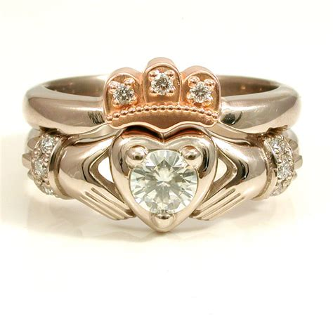 Stacking Claddagh En Ment  Ee  Wedding Ee   Ring Set By