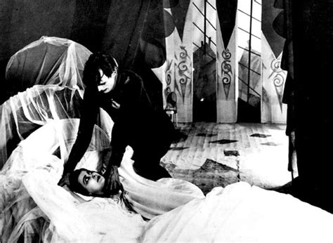 Cabinet Of Dr Caligari Analysis by The Cabinet Of Dr Caligari A Door To A New Era In German