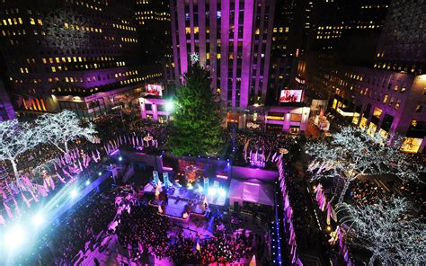 nyc tree lighting 2016 how to the 2016 rockefeller center tree lighting
