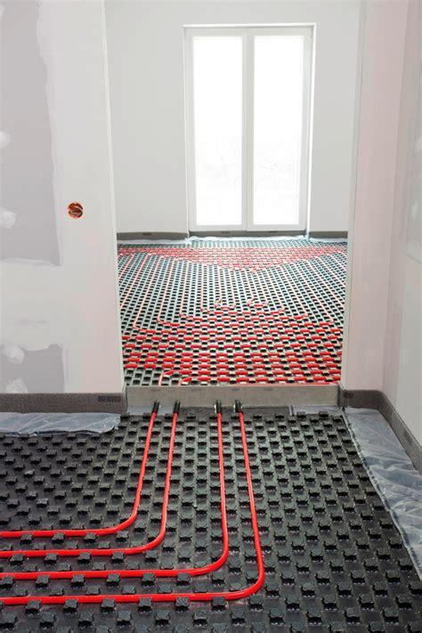 pannelli radianti a pavimento prezzi pannello radiante a pavimento by rehau