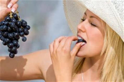 Facts About Grapes Lovetoknow