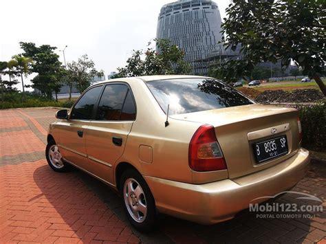 Shockbreaker Mobil Hyundai Accent Jual Mobil Hyundai Accent Verna 2001 Gls 1 5 Di Banten