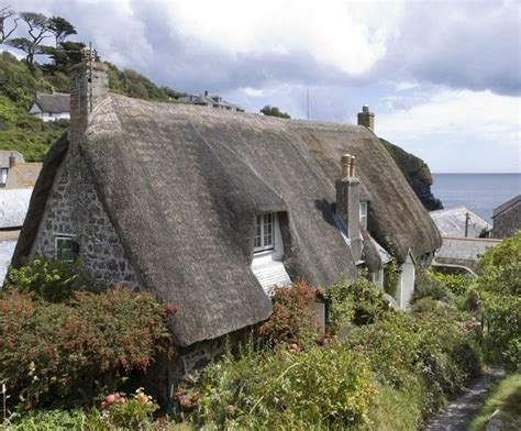 Cottages Uk Cornwall by Cadgwith Cornwall Favourite Places