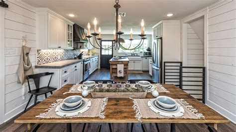 Fixer Upper Show House For Sale fixer upper barn home for rent today com