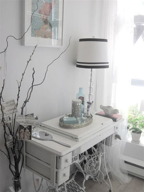 decorating with a vintage sewing machine table design