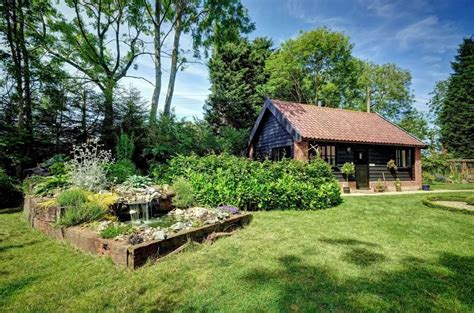 jammy suffolk holiday cottages woodfarm barns