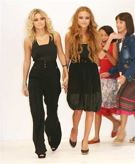 Kate And Ashleys Pricey Clothing Line by メアリー ケイト アシュレー オルセン姉妹の進化を写真で振り返る 地球ジャック