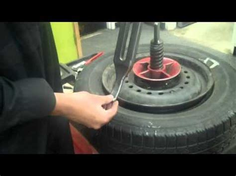removing tire   school tire machine  karn  youtube