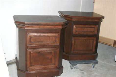 Matching Nightstands Alder Foot Board Bed Seat With Matching Nightstands For