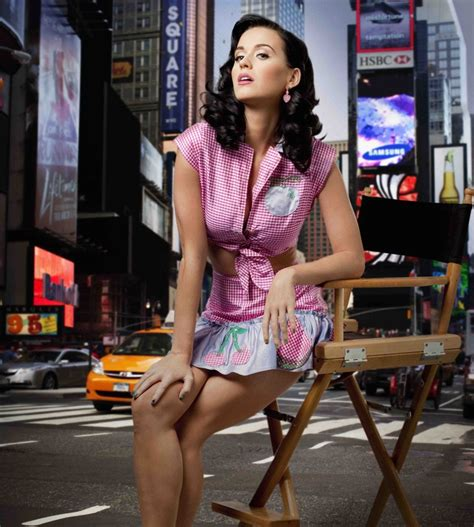 bookmyshow katy perry hollywood celebrity movie news gossips updates at