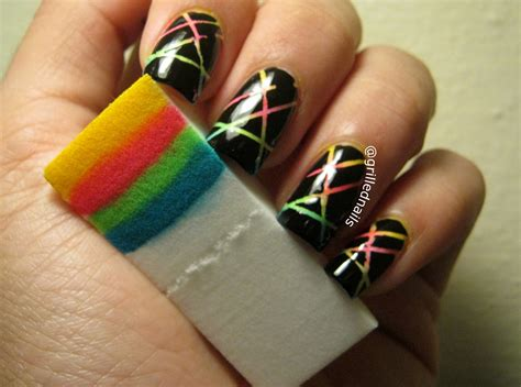 Striping Nailart grillednails striping nail