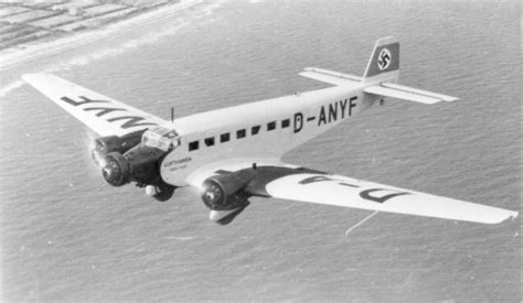 libro ju 52 3m bomber and junkers ju 52 3m d anyf sn 4071 quot erich pust quot