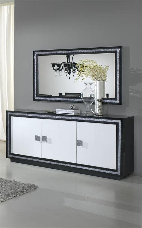 canapé design noir et blanc buffet bahut design 3 portes laqu 233 blanc et noir doria