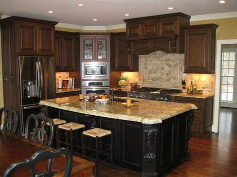 Kitchen Cabinet Dealers by How Kitchen Cabinet Dealers Are Selling With Social Media