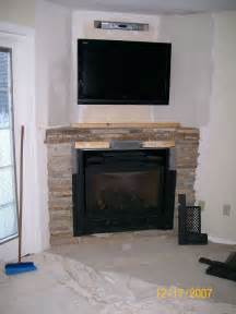 Fireplace With Tv Inside by 17 Best Ideas About Corner Gas Fireplace On